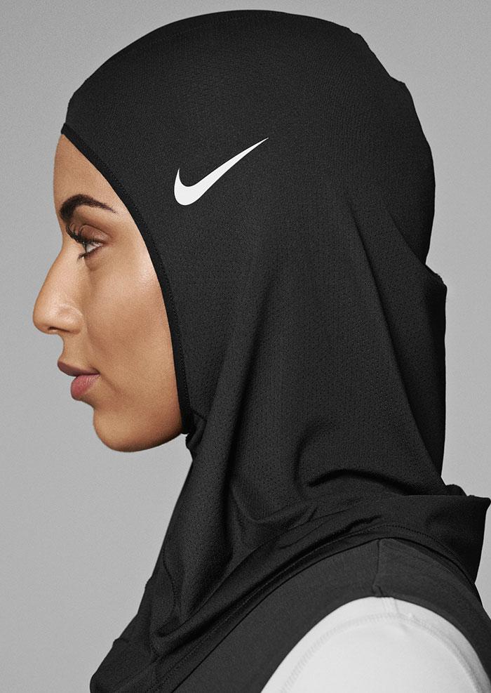 sport hijabs muslim women athletes nike 3 58bfb82e5a4db  700 - Nike e a linha de Hijab que os atletas muçulmanos ajudaram a criar