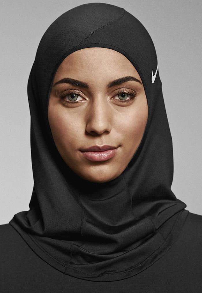 sport hijabs muslim women athletes nike 5 58bfb831b5ffb  700 - Nike e a linha de Hijab que os atletas muçulmanos ajudaram a criar