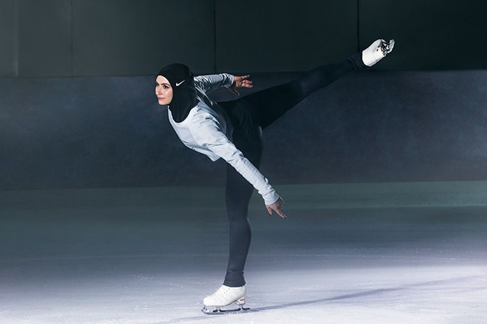 sport hijabs muslim women athletes nike 7 58bfb8358c52f  700 - Nike e a linha de Hijab que os atletas muçulmanos ajudaram a criar
