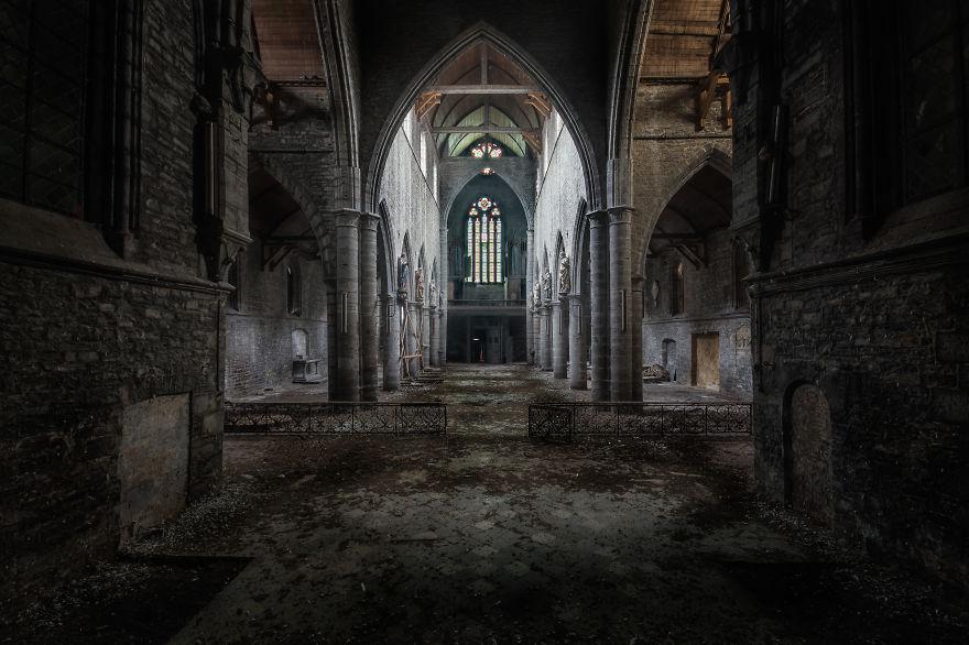 Chiesa In Belgio