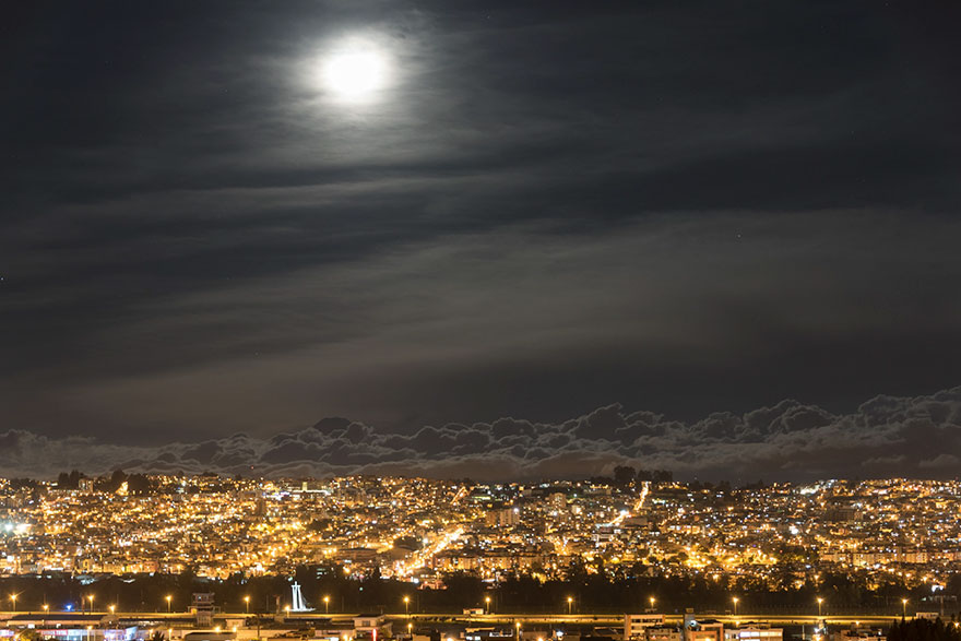 Mooning Around, Super Moon, At 2,900m In Quito, Ecuador