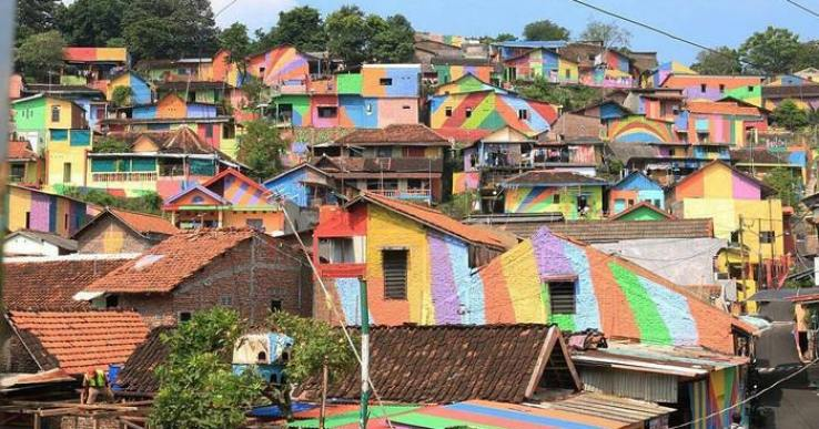 rainbow-village-kampung-pelangi-indonesia- (14)