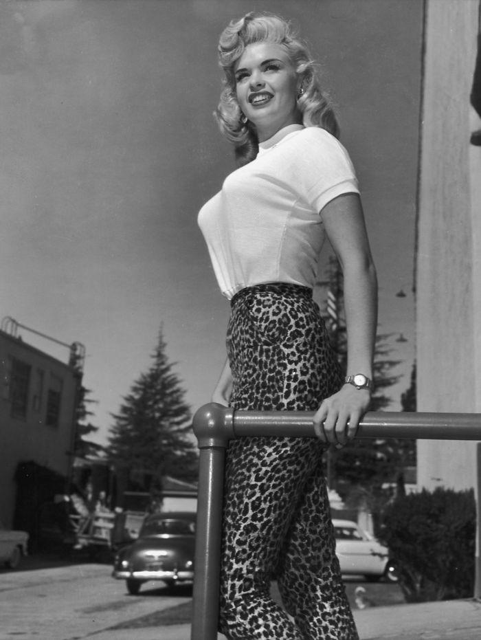 Bullet-bra-fashion-vintage