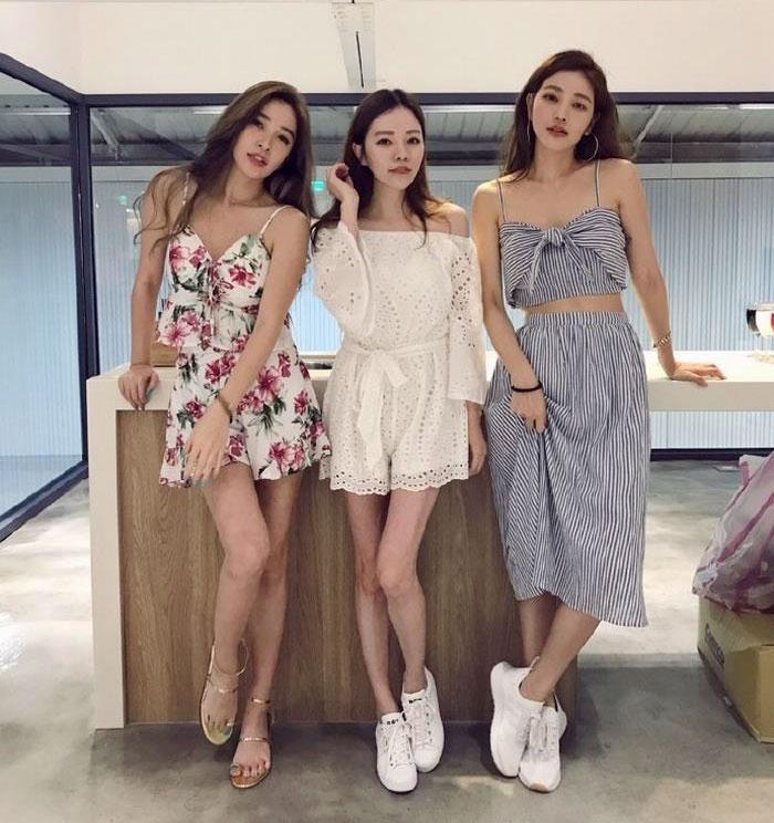 giovanile-taiwanese-donna-madre-sorelle-attirare-fayfay-sharon-Hsu-10