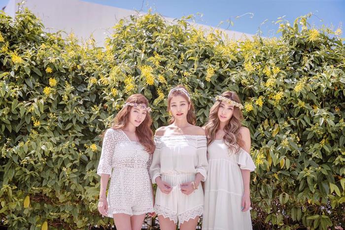 giovanile-taiwanese-donna-madre-sorelle-attirare-fayfay-sharon-Hsu-5
