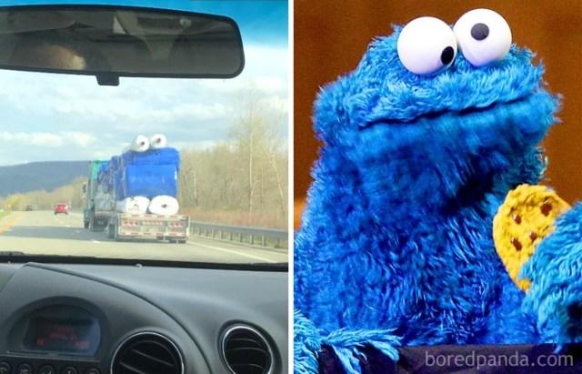 Este camión con rollos de plástico semeja el monstruo de las galletas