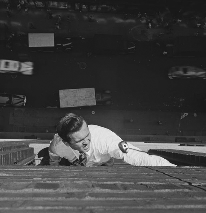 Johnny On The Spot, 1946