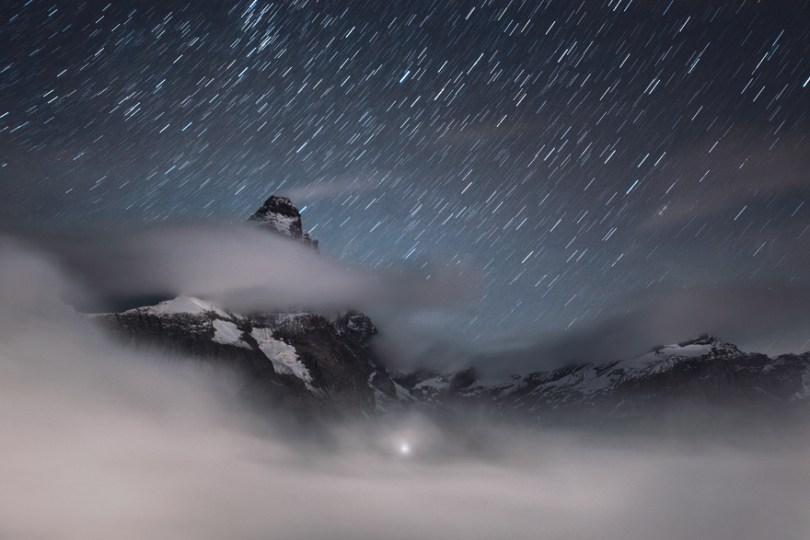 Matterhorn acima das nuvens