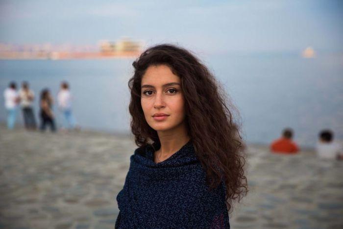 She photographed women in 60 countries to change the way we see beauty 59f0436ac1e47  880 - Projeto de fotógrafa romena propõe tirar fotos de mulheres pelo mundo