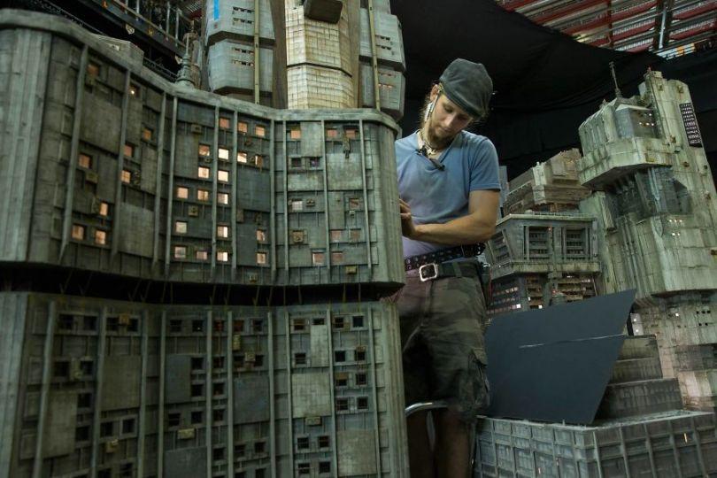 Fotos, Curiosidades, Comunicação, Jornalismo, Marketing, Propaganda, Mídia Interessante cinematography-concept-design-miniatures-blade-runner-2049-weta-workshop-2-5a0ac16c1be75__880 Às vezes, só assistir fica fácil Curiosidades Televisão  Como foi feito o filme? Blade Runner 2049