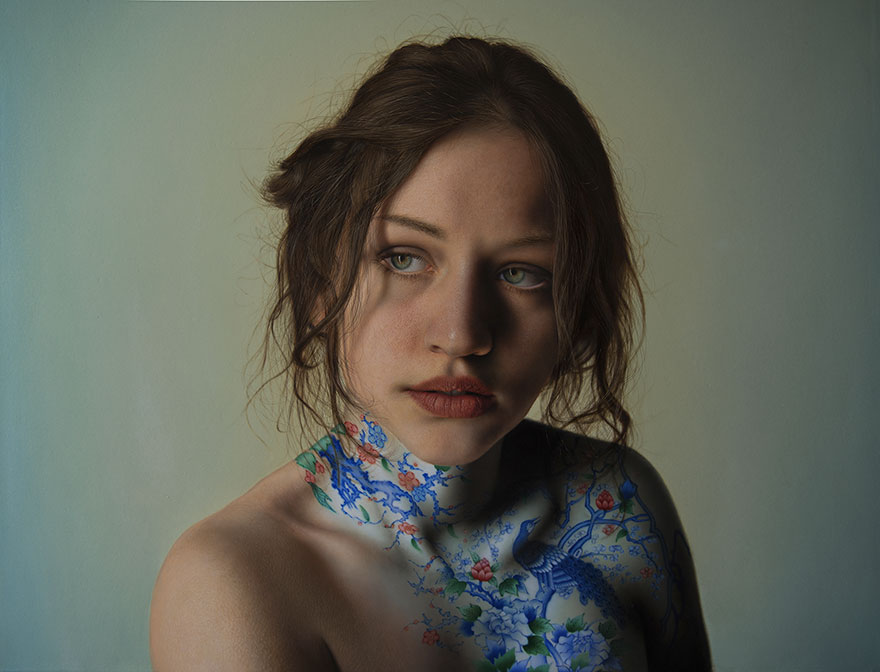 hyper realistic paintings marco grassi 11 5a37b5c3113e6  880 - This Artist Will Blow Your Mind Once You Realize These Are Not Photos At All