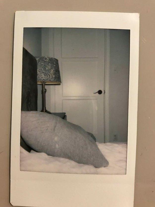 remove-wife-polaroids-prank-mysteryguitarm-3 Husband's Brutal Polaroid Prank On His Wife Is So Genius, It Will Give You Ideas Design Random
