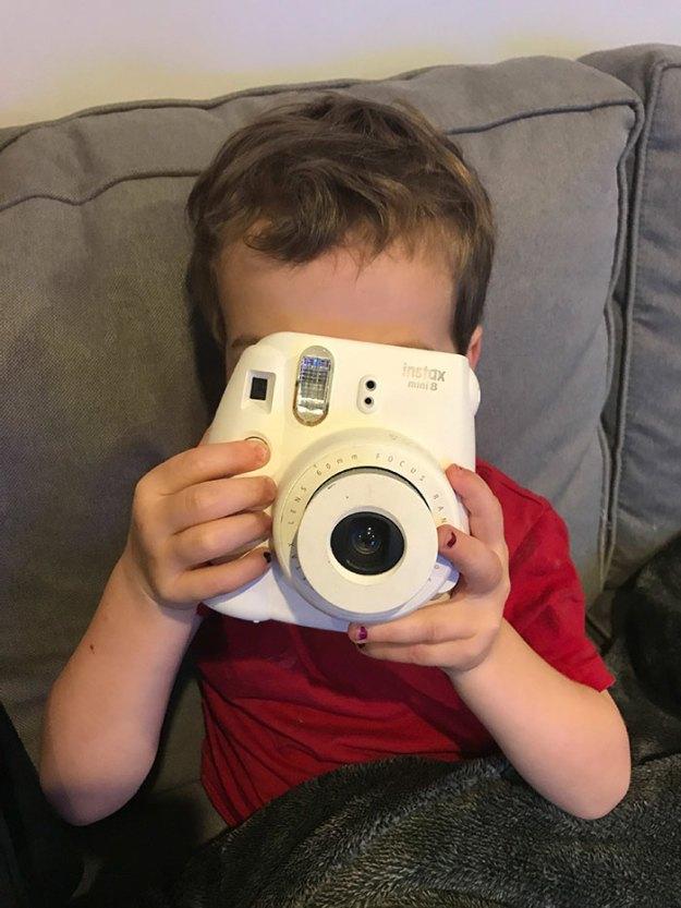 remove-wife-polaroids-prank-mysteryguitarm-7 Husband's Brutal Polaroid Prank On His Wife Is So Genius, It Will Give You Ideas Design Random