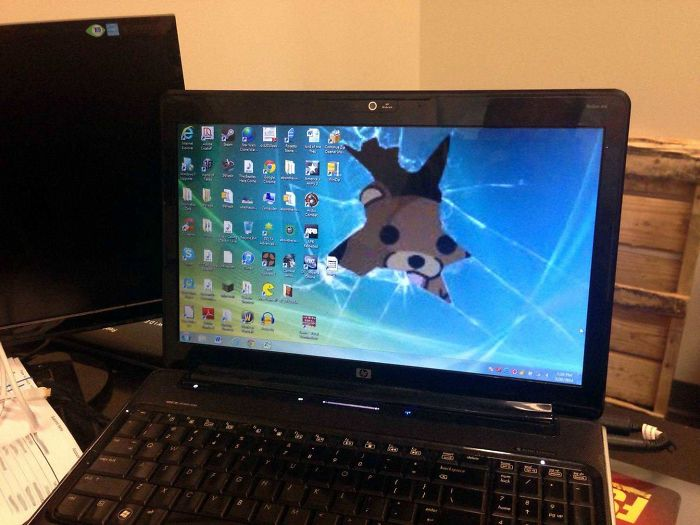 A Corporate Executive Hands Me His Sons Laptop And Asks Me To Do Some Maintenance. I Was Greeted With This Desktop