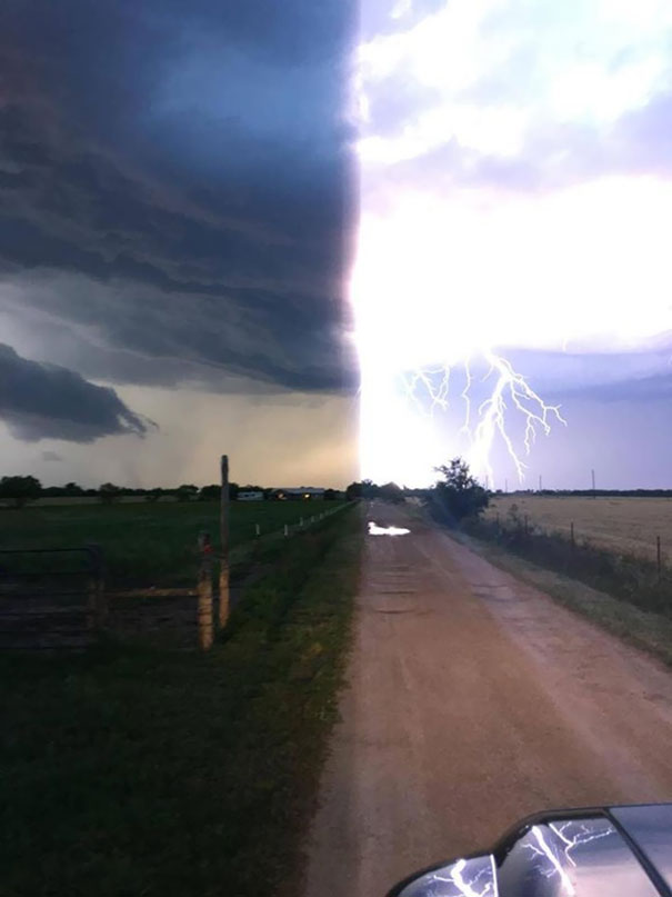 Lightning Struck Right When This Guy Went To Take A Picture Of A Storm, Causing This Neat Illusion