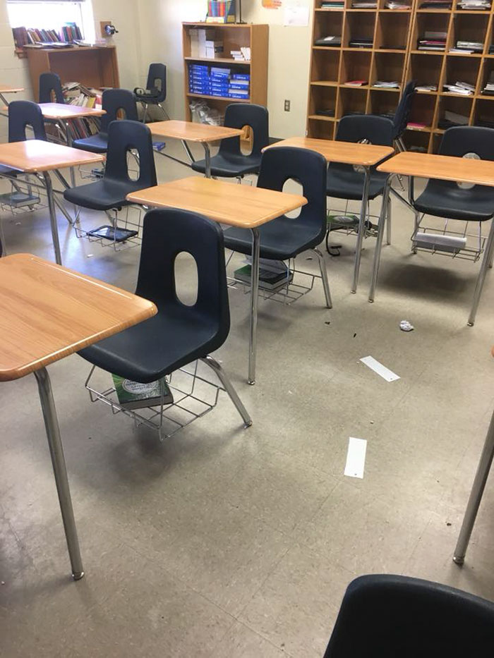 teacher-blames-parents-disrespectful-students-julie-marburger-texas-11-5ac71f7e28859__700 This Teacher Had Enough Of The BS Parents And Kids Give Her, So Before Quitting She Posted This Epic Rant Online Design Random