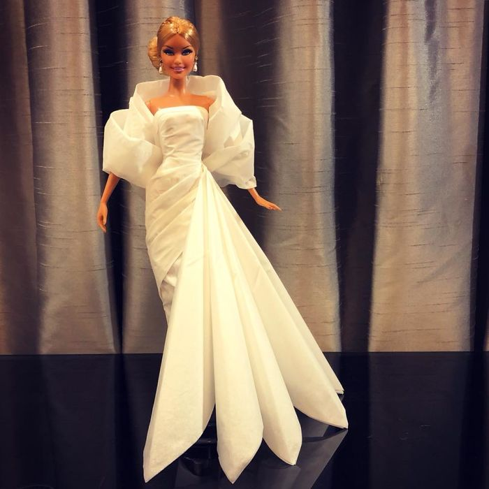 tissue-19-5ac2390969419__700 Man Uses Toilet Paper And Tissues To Create Wedding Dresses For His Barbies, And Result Is Amazing Art Design Random