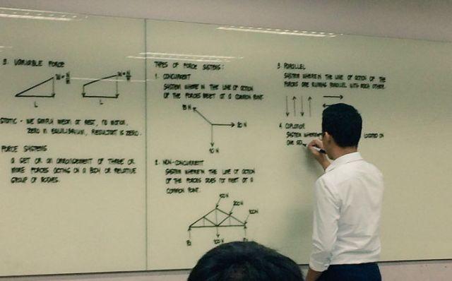 La escritura de este profesor filipino