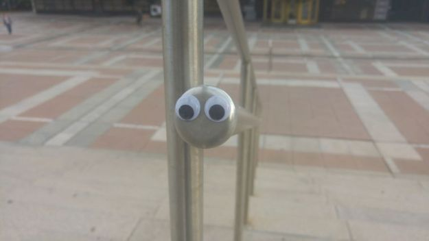 I-Bring-Bulgarian-Streets-To-Life-By-Putting-Googly-Eyes-On-Random-Objects-New-Pics-5aec067bd826c__880 I Bring Bulgarian Streets To Life By Putting Googly Eyes On Random Objects (New Pics) Art Design Random