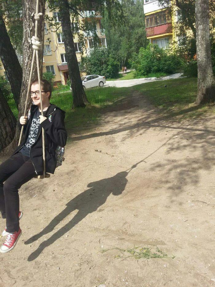Cheerful Shadow