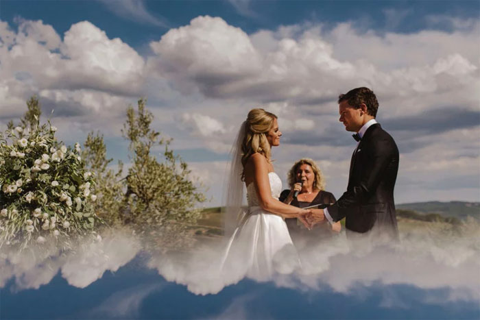 Phone-screen-reflection-trick-wedding-photography-mathias-fast-40