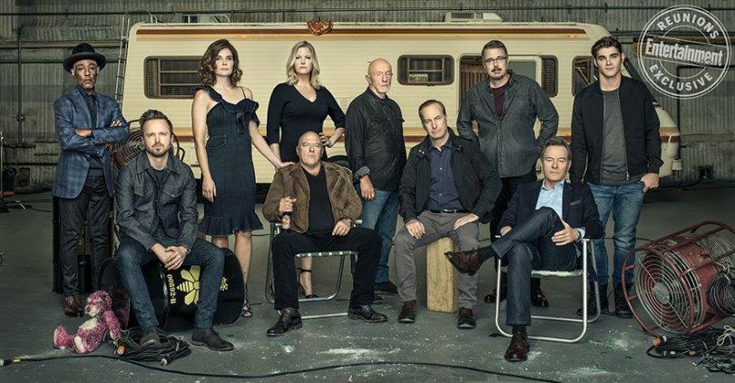 breaking bad anniversary 10 year cast reunion photoshoot 1 5b3609991ee8e  880 - Elenco de Breaking Bad comemora 10 anos da série em grande estilo
