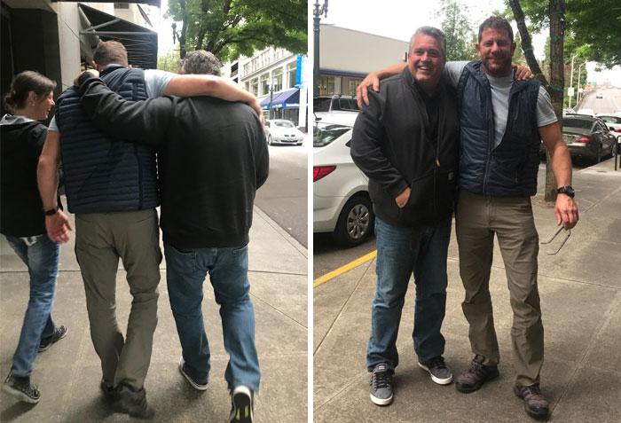 Mi papá acaba de conocer a su amigo He been Been Jugando Xbox con por 7 años en persona y no podrían ser más felices, estoy llorando