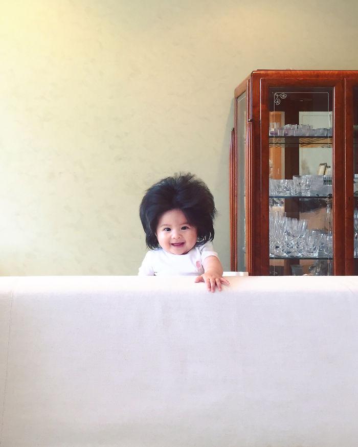 This baby hairy will be the cutest thing youll ever see today 5b5030287ca11  700 - Ela ficou conhecida na Internet como o bebê mais cabeludo do mundo