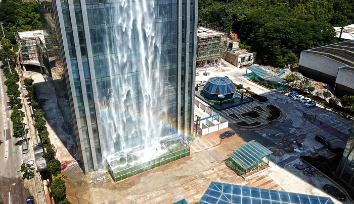 massive-artificial-waterfall-skyscraper-china-guiyang-27