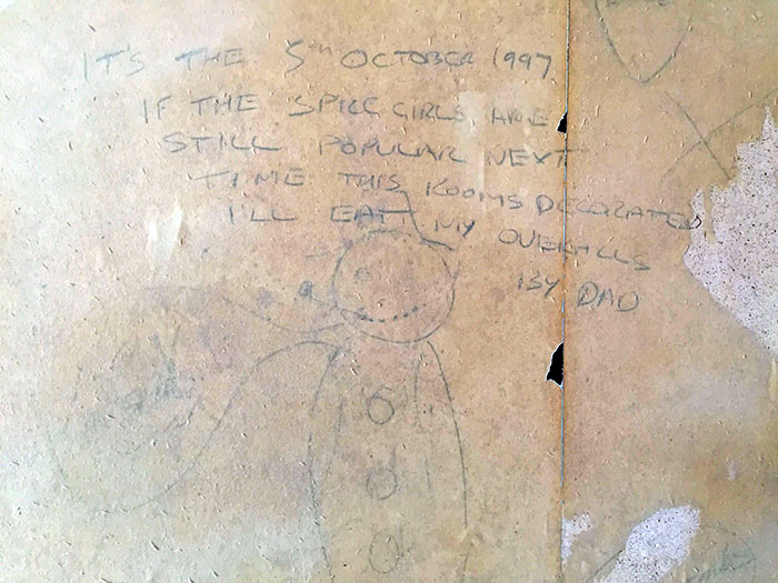 Found This 20-Year-Old Promise Hidden Under The Wallpaper In Our New House
