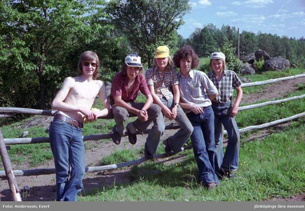 photography-70s-people-huskvarna-evert-andersson-sweden-70-5b74218e9f62c__700 These 20+ Photos From A Swedish Huskvarna Town In The 70s Prove Things Were Cooler Back Then Design Photography Random