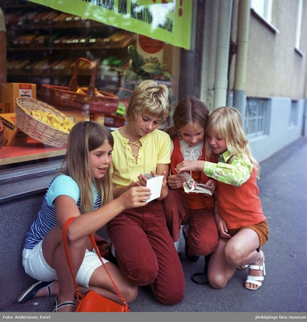 photography-70s-people-huskvarna-evert-andersson-sweden-9-5b7420f6a6de8__700 These 20+ Photos From A Swedish Huskvarna Town In The 70s Prove Things Were Cooler Back Then Design Photography Random
