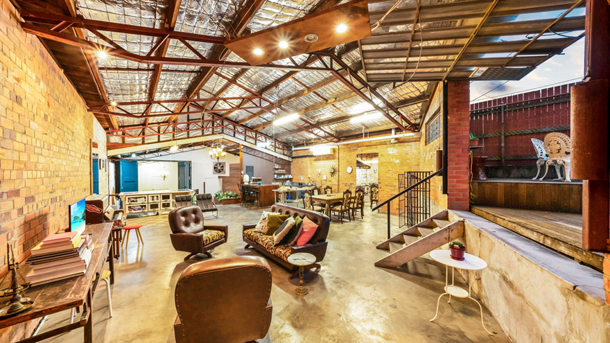 old-warehouse-home-brisbane-australia2