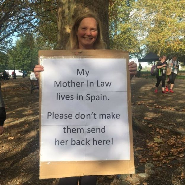 1054252257397563392-png__700 25+ Of The Funniest Signs From The Anti-Brexit March Design Random