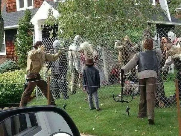 This Walking Dead Display