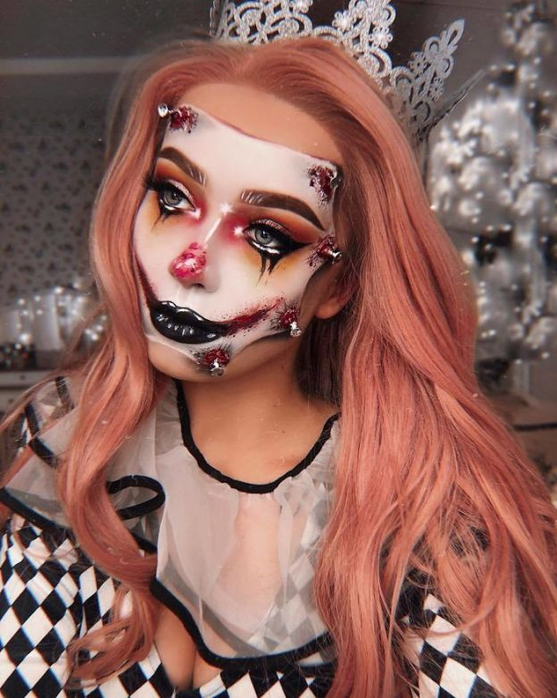 BpcW3qUl5El-png__700 One Year Ago I Discovered My True Passion Was Makeup, Here're 20+ Of My Halloween Looks (NSFW) Art Design Random