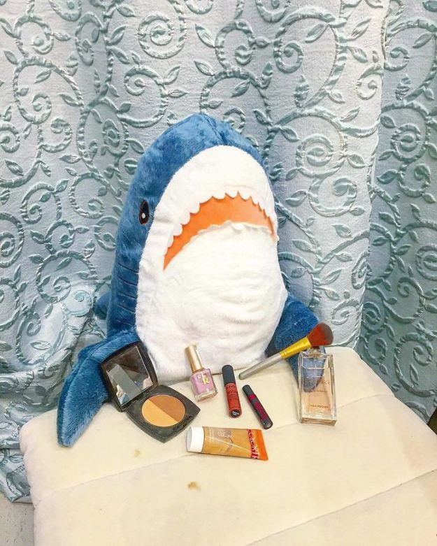 BpfP57sgm9F-png__700 IKEA Released An Adorable Plush Shark And People Are Losing Their Minds Over It Design Random