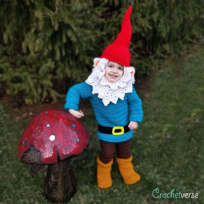 9 Halloween Costumes That I Crocheted For My Kids CrochetverseGardenGnome 5bc885889ab53  700
