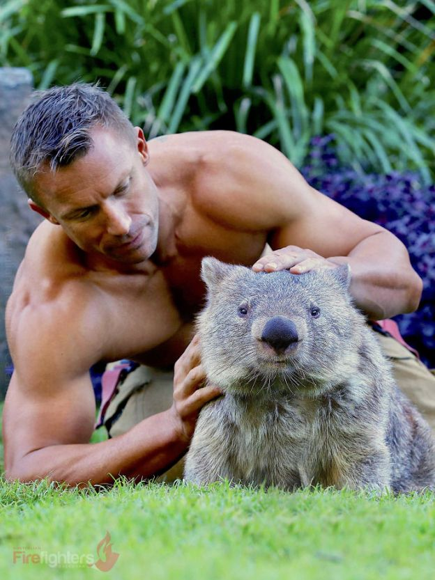The-Australian-Firefighters-2019-calendar-has-already-been-announced-and-this-charity-is-very-beautiful-to-see-5bbf036621605__700 Australian Firefighters Pose With Animals For 2019 Charity Calendar, And The Photos Are So Hot It May Start Fires Design Photography Random