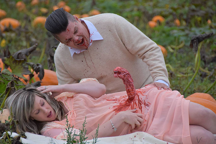 This Is The Most Terrifying Maternity Photo Shoot We've Ever Seen (WARNING: Some Images Might Be Too Brutal) funny maternity photoshoot alien pumpkin field todd cameron li carter 12 5bbdc4bb29265  700