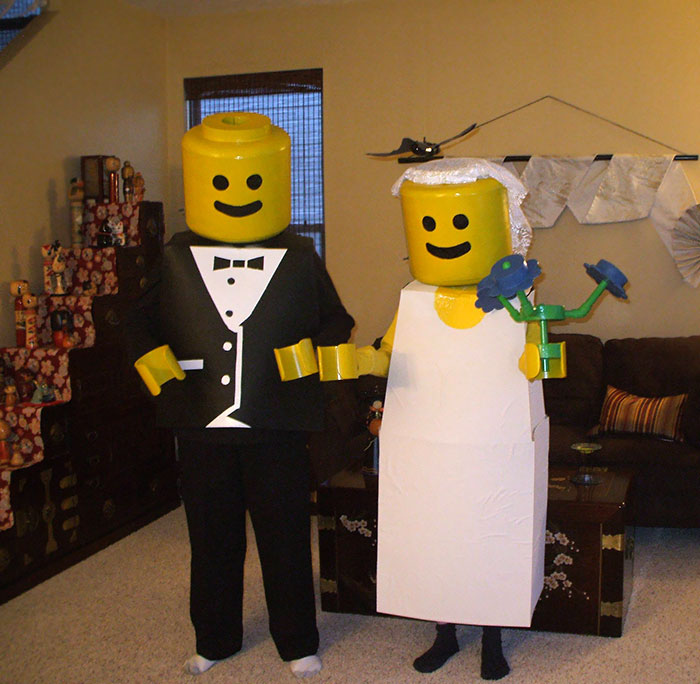 This Is What Won My Parents A Couples Costume Contest