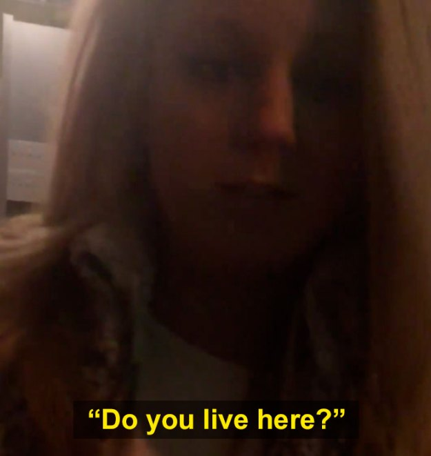 woman-confronts-man-entering-his-building-5bc43fde16114__700 Racist Woman Blocks Black Man From Entering His Own Luxury Apartment, Gets The Lesson Of A Lifetime Design Random