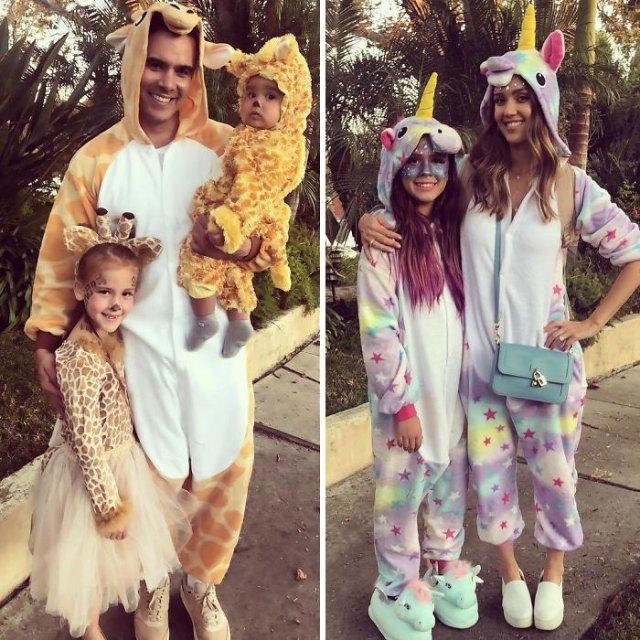 Jessica Alba y dinastía como jirafas y unicornios