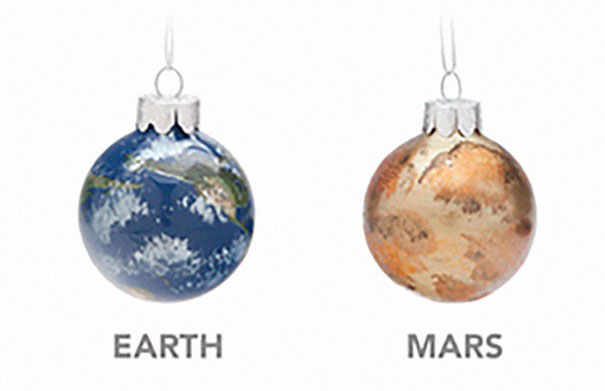 christmas-tree-decorations-planet-glass-ornaments-22-5be0458960058__605 Planetary Glass Ornaments Are A Thing And They're Out Of This World Design Random