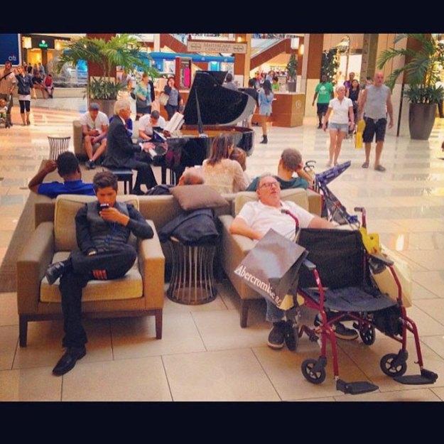 funny-miserable-men-shopping-photos-21-5bff9c031e7a9__700 86 Funny Photos Of Men Shopping With Their Ladies Design Random