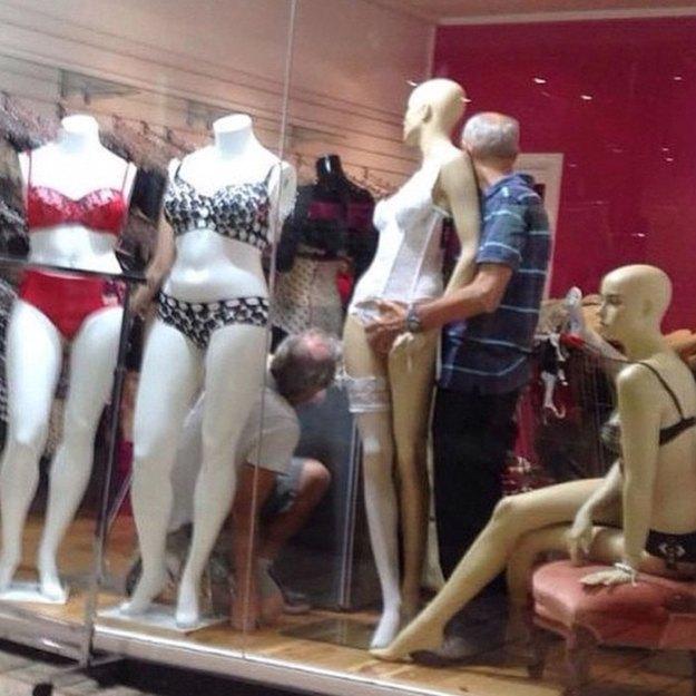 funny-miserable-men-shopping-photos-23-5bff9c06f1d50__700 86 Funny Photos Of Men Shopping With Their Ladies Design Random