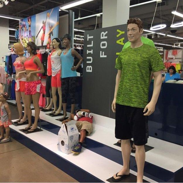 funny-miserable-men-shopping-photos-57-5bff9c4c2c0e1__700 86 Funny Photos Of Men Shopping With Their Ladies Design Random