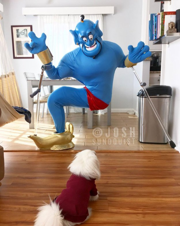 one-legged-amputee-halloween-costume-josh-sundquist-5bdab3a75a6e0__700 Every Halloween This One-Legged Guy Makes An Epic Halloween Costume, And He Just Revealed His 2018 Costume Design Random