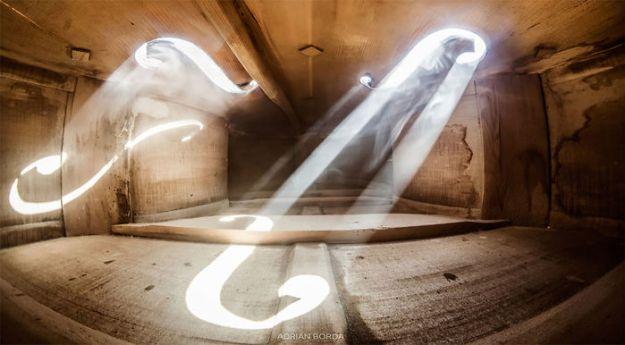 photographs-inside-cello-adrian-borda-21-5be18c226379b__700 10 Incredible Photos Taken Inside Music Instruments By A Romanian Photographer Design Photography Random