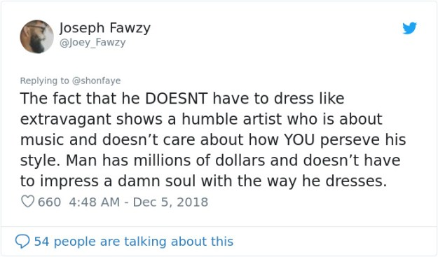 1070178081963425792-png__700 Woman Calls Out The Way Ed Sheeran Dressed Next To Beyonce, Gets Destroyed On Twitter Design entertainment Random